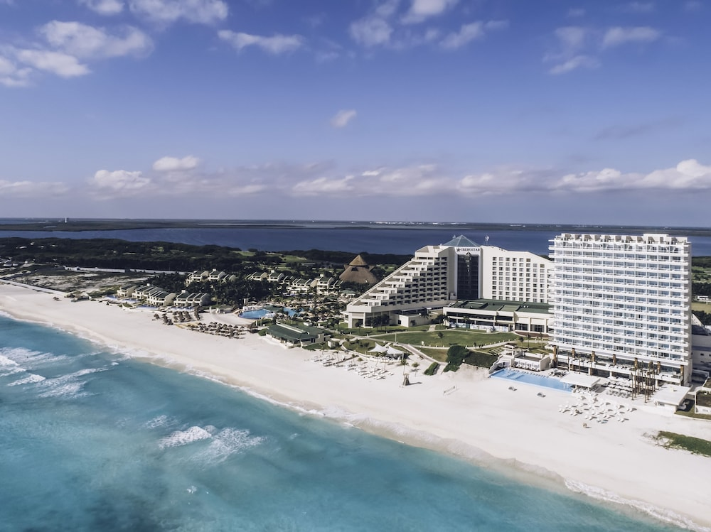 Exterior, Coral Level at Iberostar Selection Cancun Adults Only - All Inclusive