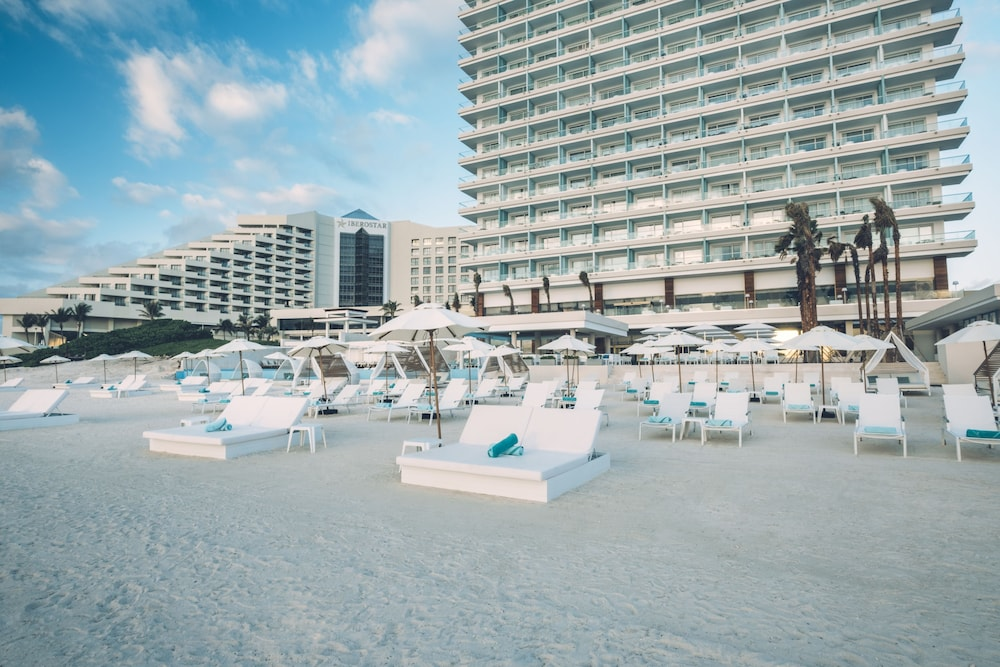 Beach, Coral Level at Iberostar Selection Cancun Adults Only - All Inclusive