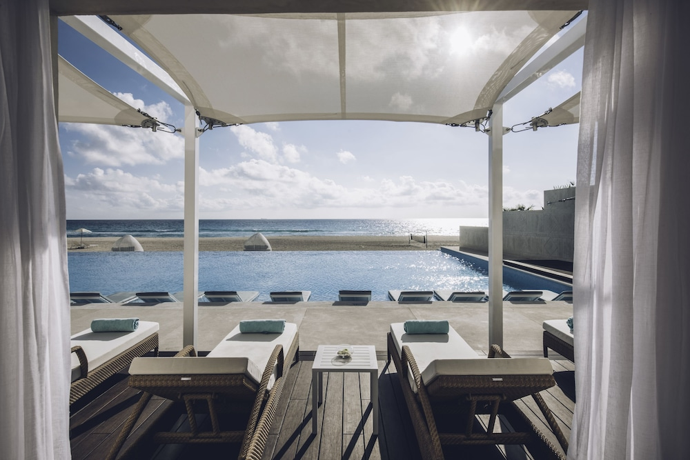 Infinity Pool, Coral Level at Iberostar Selection Cancun Adults Only - All Inclusive