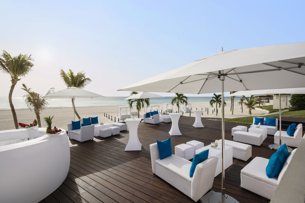 Sundeck, Coral Level at Iberostar Selection Cancun Adults Only - All Inclusive