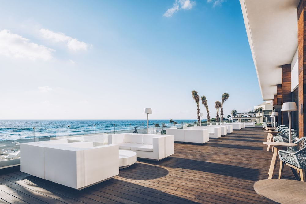Terrace/Patio, Coral Level at Iberostar Selection Cancun Adults Only - All Inclusive