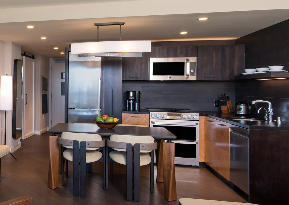 Private Kitchen, Ocean Tower by Hilton Grand Vacations