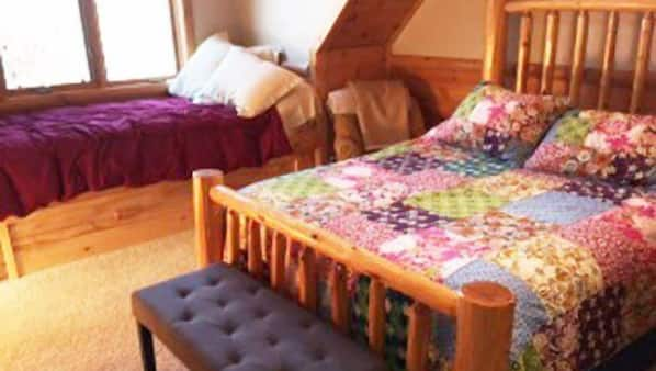 4 bedrooms, iron/ironing board, free WiFi, wheelchair access