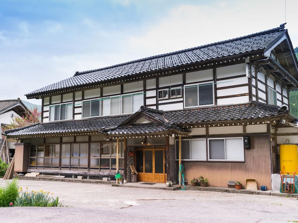 Etagenbetten Kita : Takazuri kita hostel toyama hotelbewertungen expedia