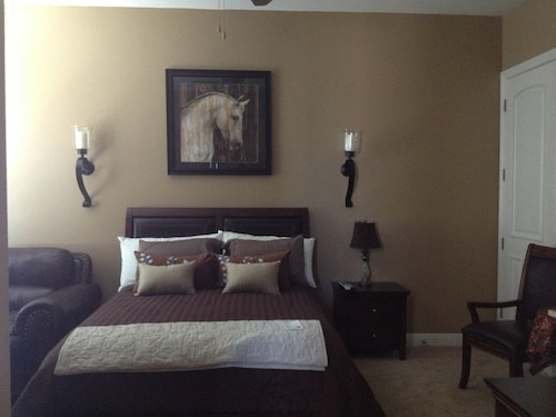 Great Place to stay Relax Close To Wineries - In The Heart Of The Wine Country near Temecula
