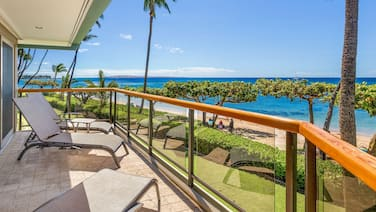 West Mauis Hidden Beachfront Gem Puunoa Beach Estates #205 Luxurious 3BR Villa w/ Stunning Ocean Views!