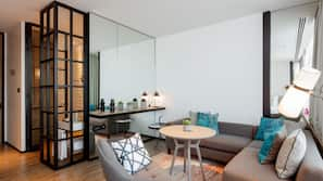 47-Zoll-Smart-TV mit Digitalempfang, Kamin, Fußbodenheizung