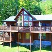 Bearmont Lodge Mtn Views