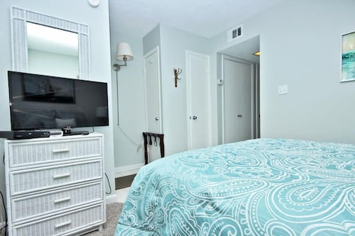 gulf shores surf racquet 715a one bedroom condo 2018 room