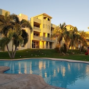 Puerto Salinas at Combate, Beautiful Condo With Ocean Breeze and Birds Sound