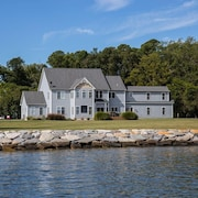 Eagle Haven - Waterfront Estate on the Choptank With Pool and Pier - Sleeps 18