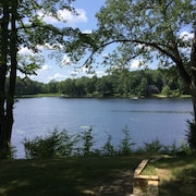 Quite Cottage on Private Lake W/fishing Boat Included!