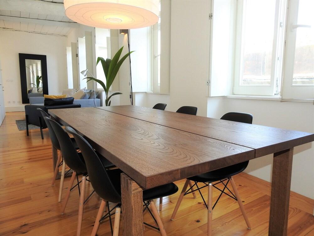 Terrific Oporto Delight 1 3 Luxury Apartment In Historic Center 4 Uwap Interior Chair Design Uwaporg
