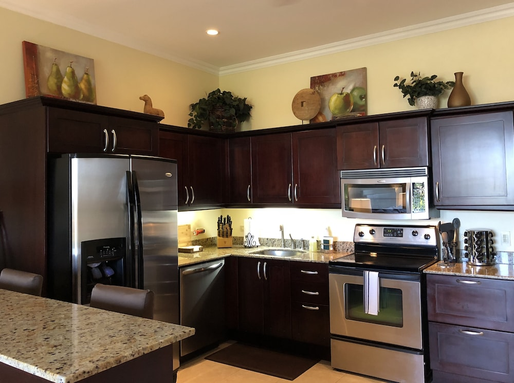 Private Kitchen, Ocean View Condo - Ocean Front Beach Club, Golf & Spa Resort, Reserva Conchal