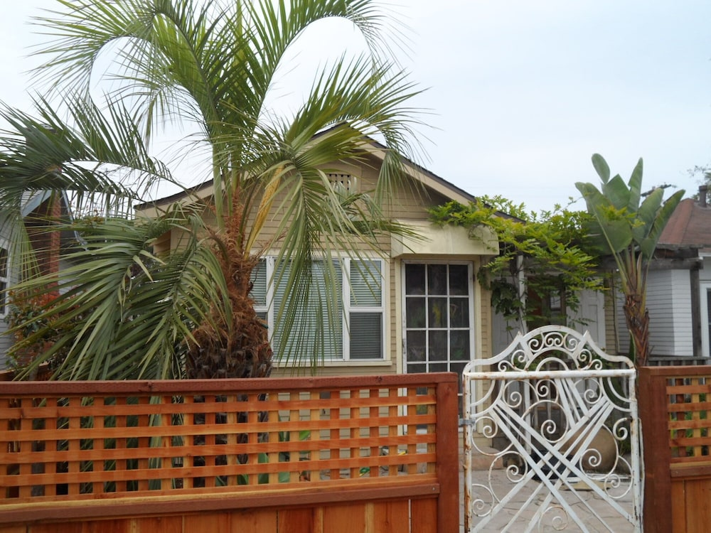 Ocean Beach San Diego Cottage 3 Br House Swim Surf & Shop in