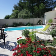 2-room Cottage in Villa + Pool + air Conditioning + Parking