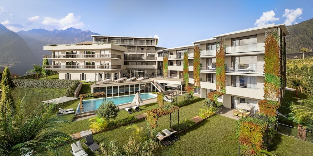 Hotel Der Weinmesser In Schenna Hotel Rates Reviews On Orbitz