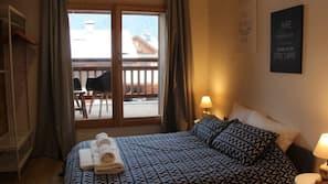 5 chambres, décoration personnalisée, ameublement personnalisé, bureau