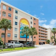 #407 Beach Place Condos 3 Bedrooms 2 Bathrooms Home