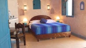 Coffre-forts dans les chambres, rideaux occultants, draps fournis