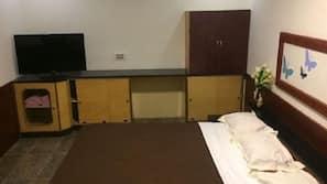 保險箱、設計每間自成一格、家具佈置各有特色、隔音