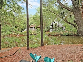 Spacious 5br Overlooking Lagoon 5 Bedroom Home