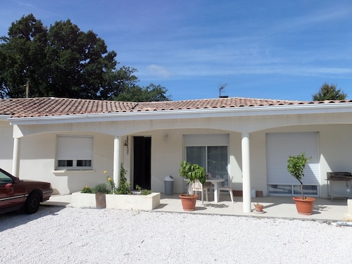 28f7a9d42ad4 New House Suitable for Disabled Air-conditioned With a Large Garden