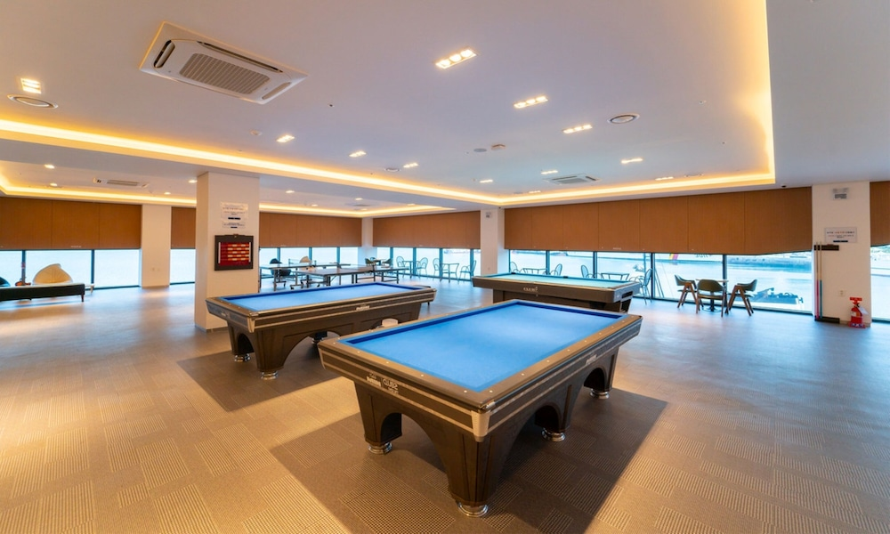 Billiards, Yeosu Venezia Hotel & Resort