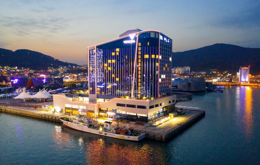 Featured Image, Yeosu Venezia Hotel & Resort