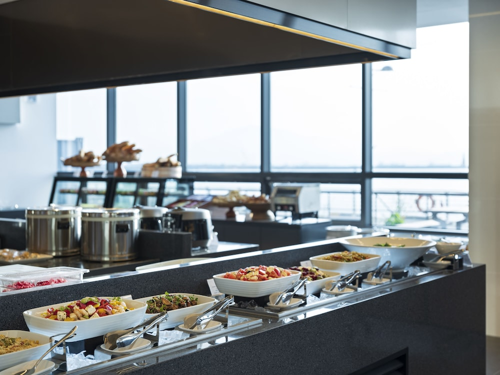 Breakfast buffet, Yeosu Venezia Hotel & Resort