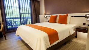 Premium bedding, down comforters, desk, soundproofing