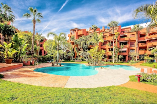 Beachside Apartment Marbella SR