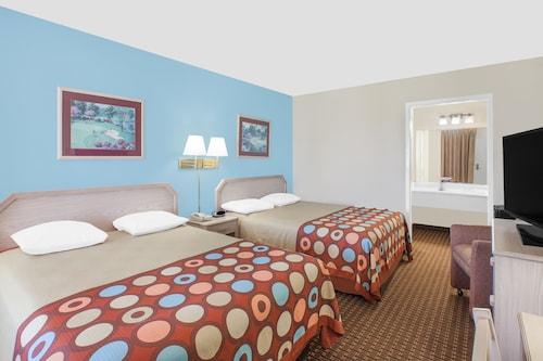 Great Place to stay Harbor Inn Bayfront near Corpus Christi