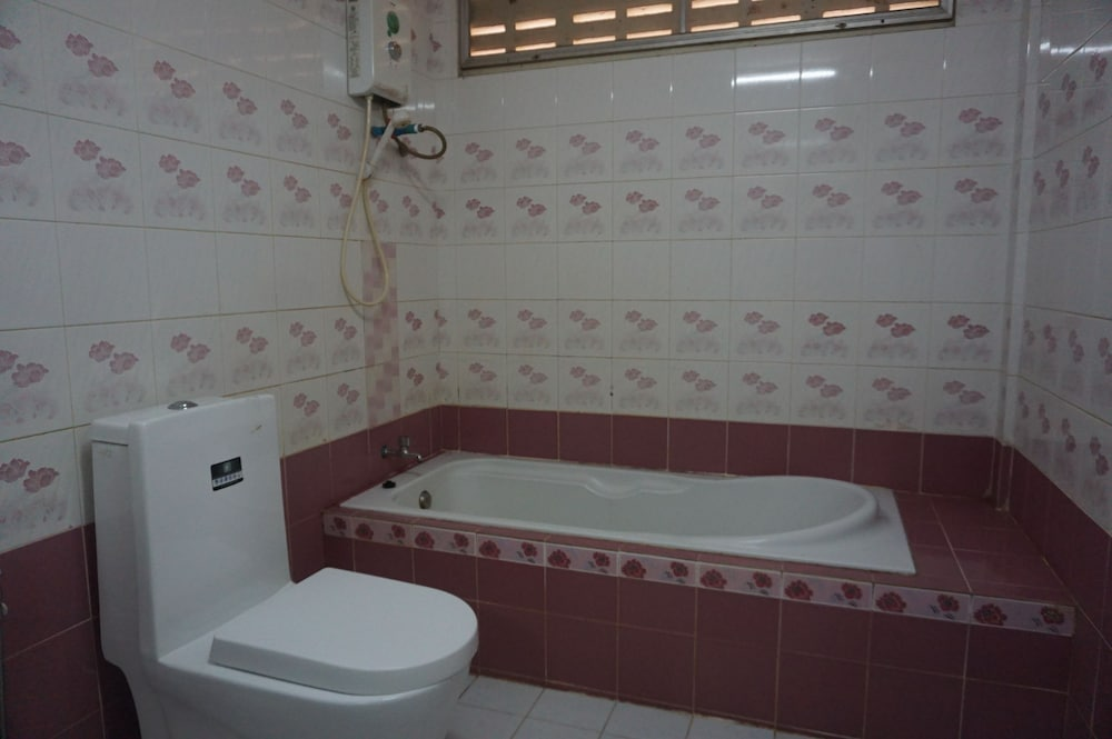 Bathroom, My House Resort  Satun