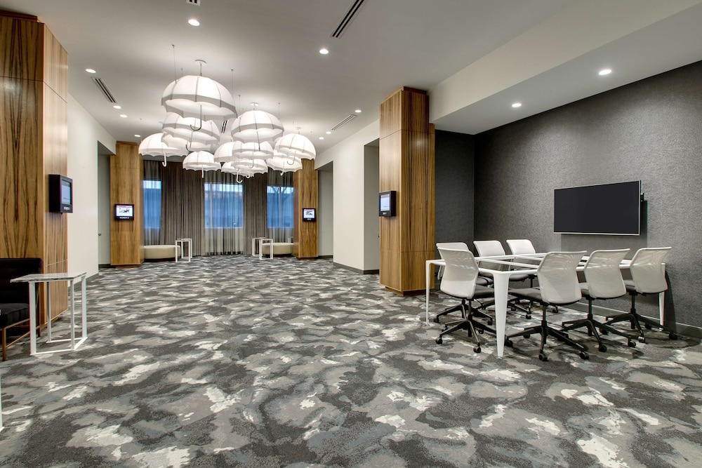 Meeting Facility, The Rose Chicago, Tapestry Collection by Hilton