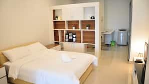 1 bedroom, minibar, individually decorated, individually furnished