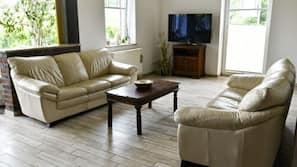 Daunenbettdecken, Bügeleisen/Bügelbrett, kostenloses WLAN, Bettwäsche