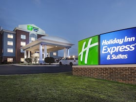 Holiday Inn Express Hotel & Suites Culpeper, an IHG Hotel