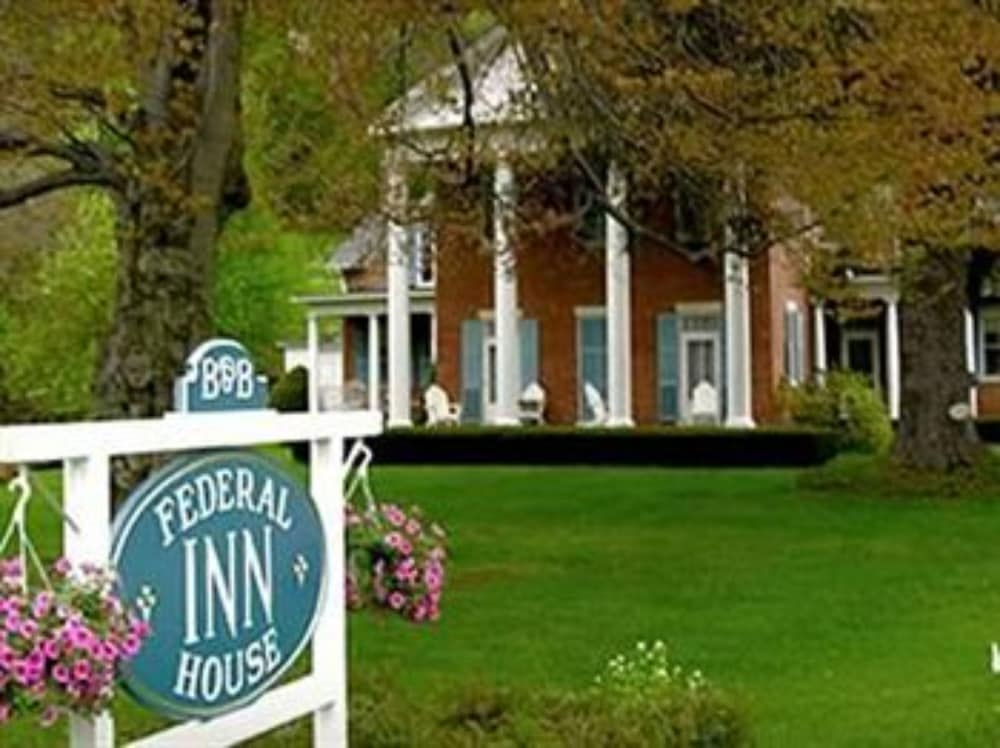 Federal House Inn in South Lee | Hotel Rates & Reviews on Orbitz