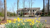 Inn at Wawanissee Point - Baraboo Hotels