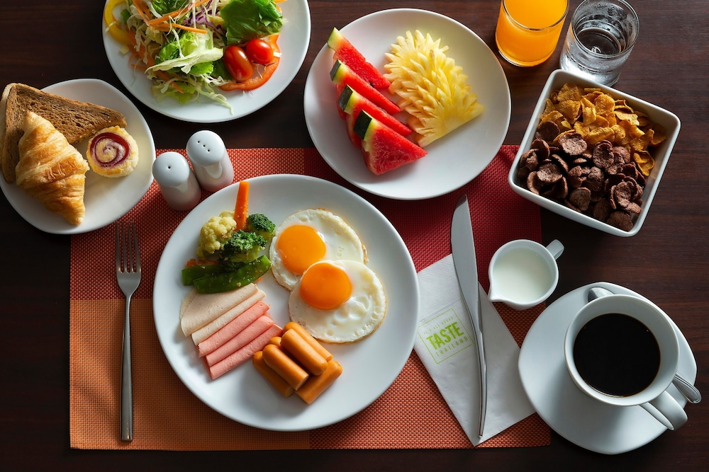 Breakfast Meal, ibis Phuket Patong