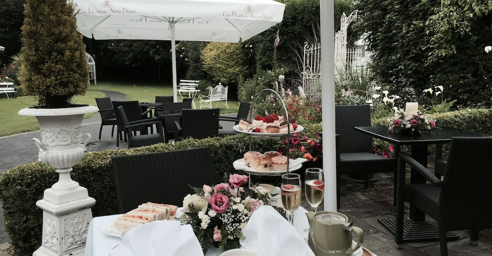 Outdoor Dining, Headfort Arms Hotel