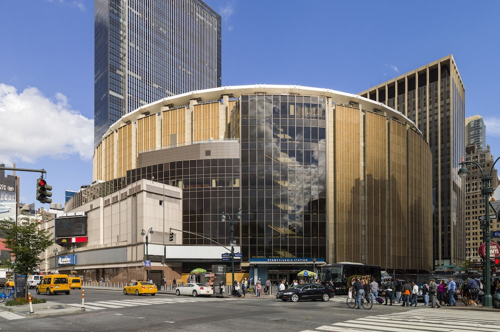 Holiday inn express new york city times square new york - Hotels near madison square garden nyc ...