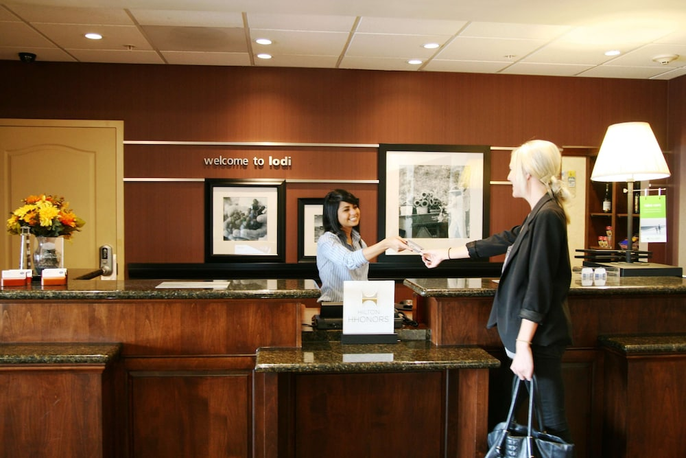 Reception, Hampton Inn & Suites Lodi