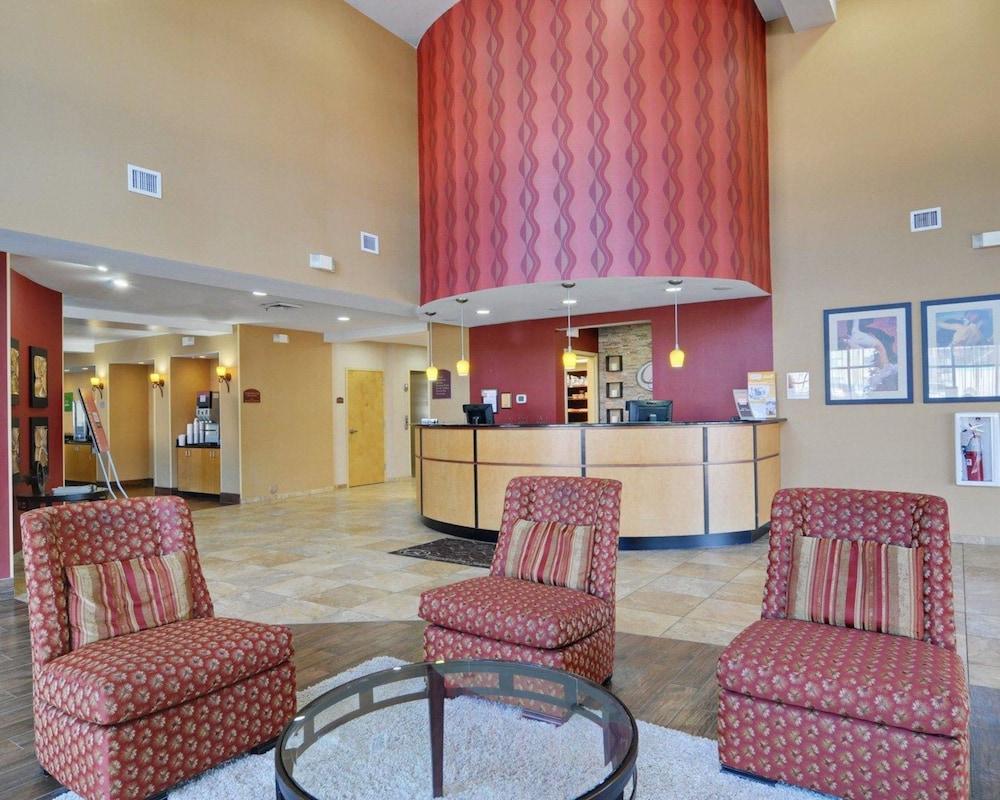 comfort suites salem roanoke i 81 2019 room prices 76 deals rh expedia com