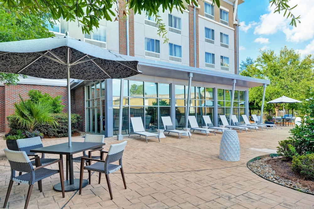 Terrace/Patio, DoubleTree by Hilton Hotel Baton Rouge