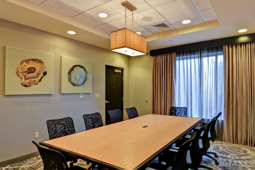 Meeting Facility, DoubleTree by Hilton Hotel Baton Rouge