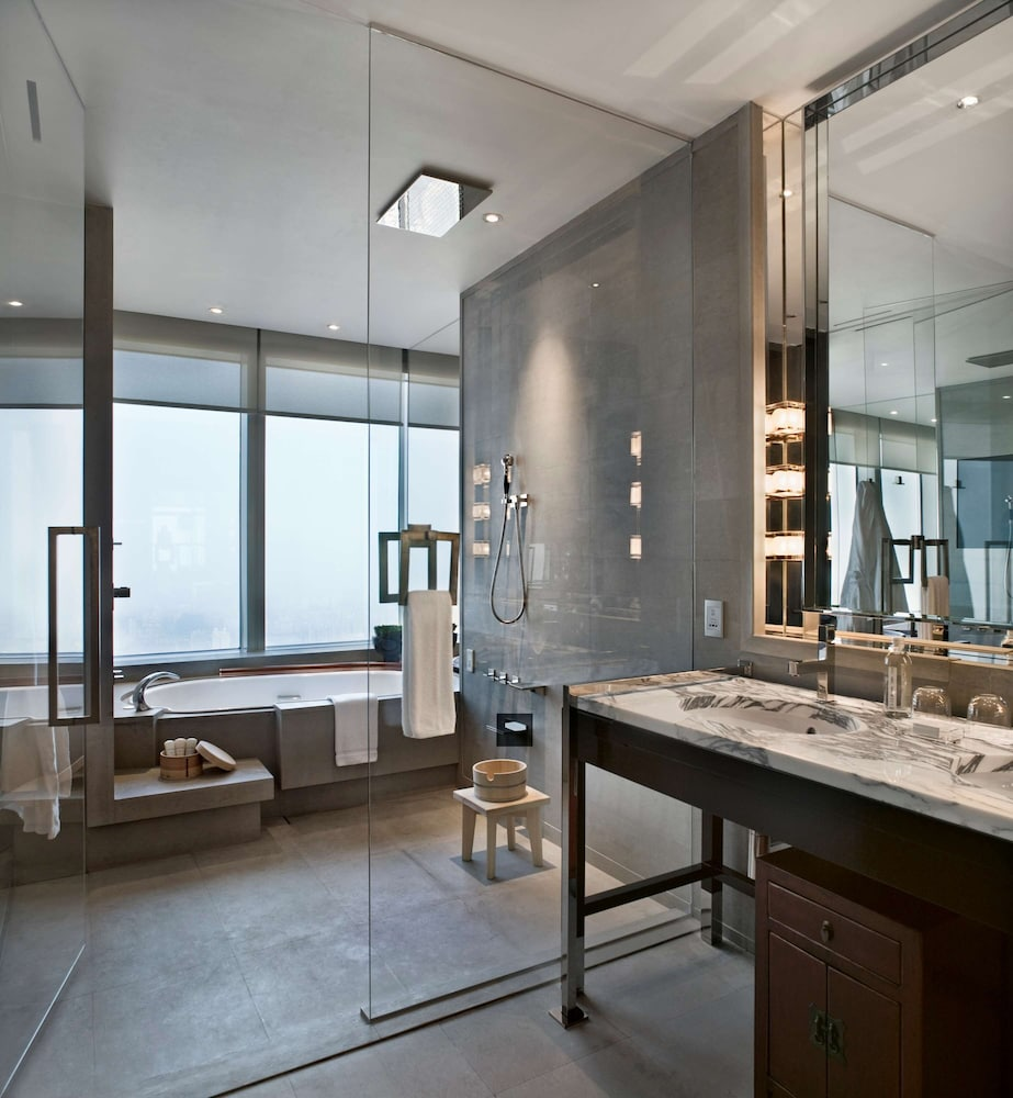 Bathroom, Park Hyatt Shanghai