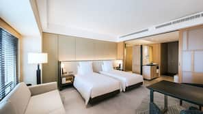 Premium bedding, down duvet, minibar, in-room safe