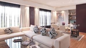 Egyptian cotton sheets, premium bedding, Tempur-Pedic beds, free minibar